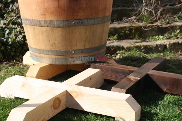 Unterstellkreuz aus Holz