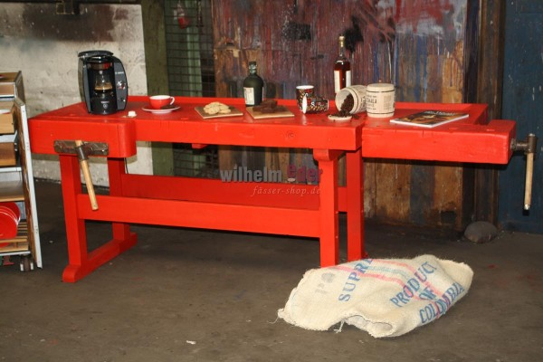 Hobelbank - die rote Bar